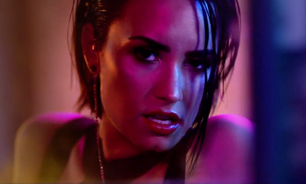 100 songs of the decade [Top 10]: 4. Cool For The Summer – Demi Lovato