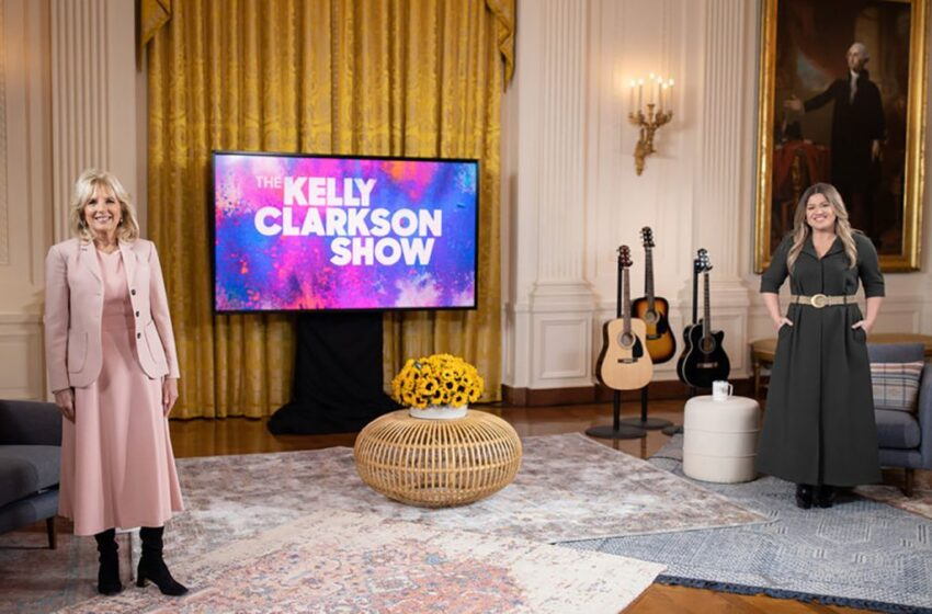 Kelly Clarkson gets first interview with FLOTUS; does Kellyoke from the White House